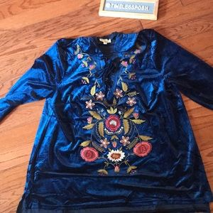 NWOT Entro Embroidered Tunic